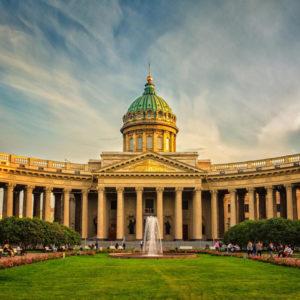 Грузоперевозки из Санкт-Петербурга
